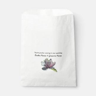 Magnolia Wedding Souvenirs Keepsakes Giveaways Favour Bags