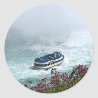 Maid of the Mist boat at Niagara Falls, Canada Classic Round Sticker