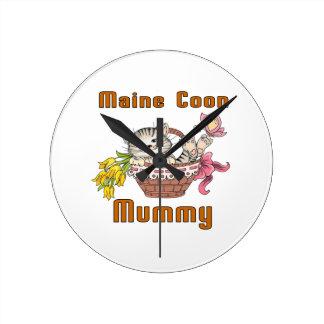 Maine Coon Cat Mom Round Clock