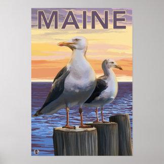 MaineSea Gulls Scene Print
