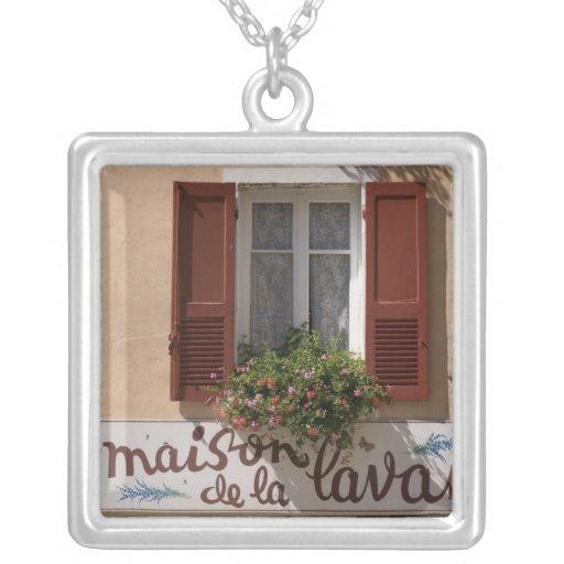 Maison de la Lavande, Place du Couwert, Pendant