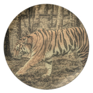 Majestic Wild Tiger Plate