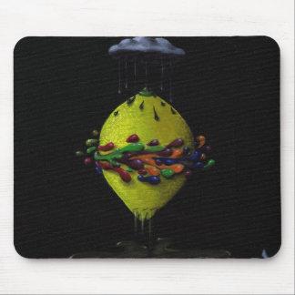making lemonaid mousepad
