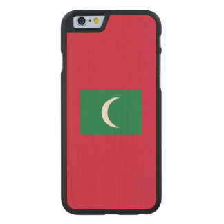 Maldives Flag Carved Maple iPhone 6 Case