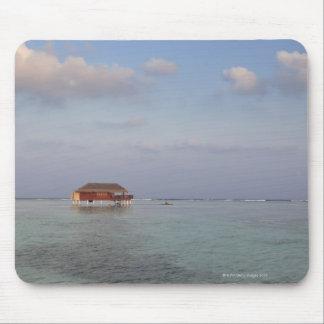 Maldives, Meemu Atoll, Medhufushi Island, luxury Mouse Pad