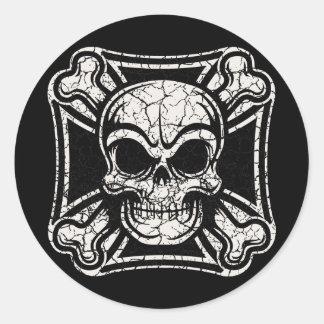 Maltese Skull & Crossbones Classic Round Sticker