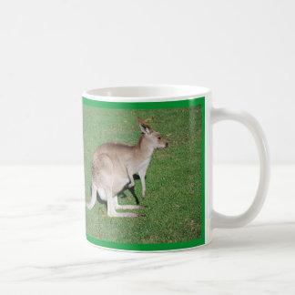 Mama Kangaroo Basic White Mug