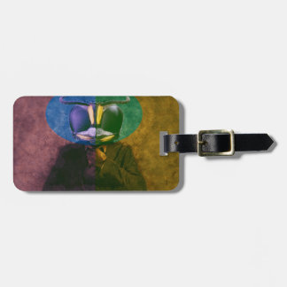 Man fly luggage tag