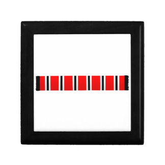 Manchester sporting red white and black bar scarf gift box