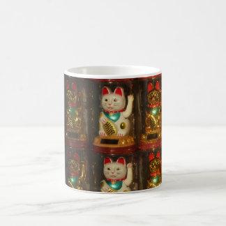 Maneki-neko 002, Winke-Glueckskatzen, Winkekatze Coffee Mug