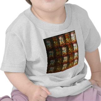 Maneki-neko Winke-Glueckskatzen, Winkekatze T-shirts