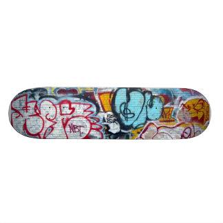 Manhattan Graffiti Skateboard