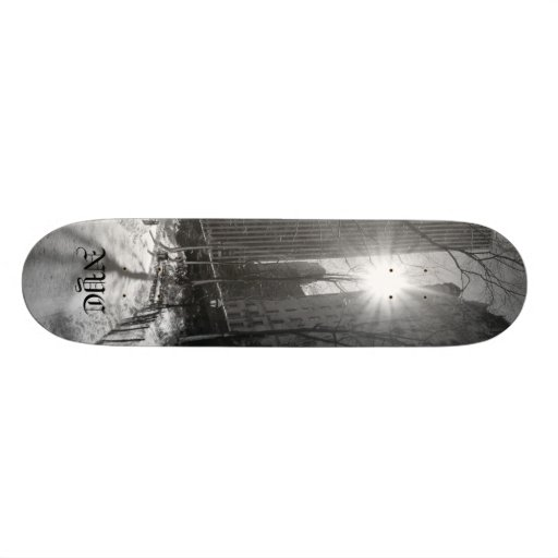 Manhattan skyline,  NYC Skate Boards
