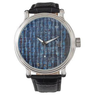 Manhattan Windows Watch