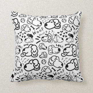 Many Golden Retrievers Pattern Cushion