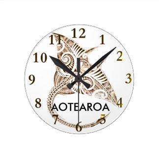 maori giant manta ray AOTEAROA Round Clock