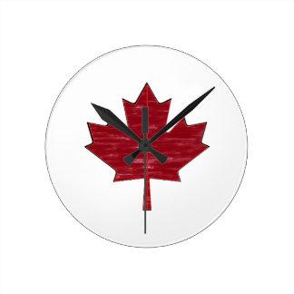Maple Fever Round Clock