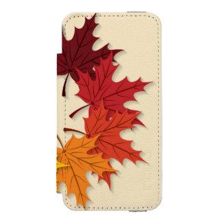Maple leaf circle incipio watson™ iPhone 5 wallet case