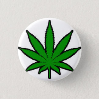marijuana leaf 3 cm round badge