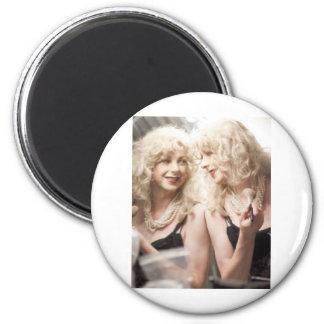 Marlene in mirror.jpg 6 cm round magnet