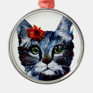 Marmalade, the cute cat who wears a flower. Silver-Colored round decoration