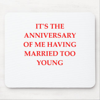 MARRIED MOUSE PAD