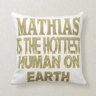 Mathias Pillow