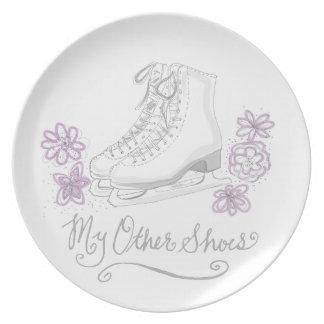 Mauve Figure Skate Custom Gift for Figure Skater Dinner Plate