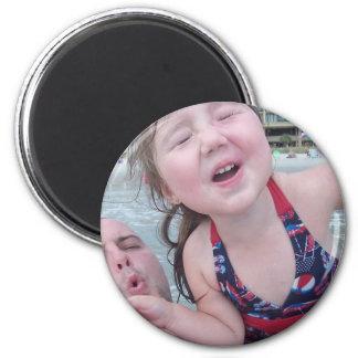 Maya and Daddy 6 Cm Round Magnet