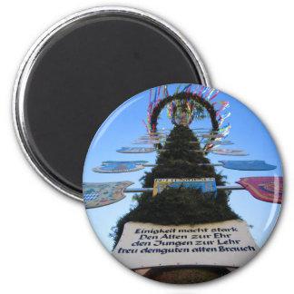 Maypole #3 magnet