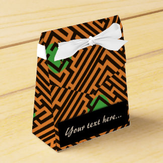 Maze Pattern with Green Dots Custom Text Favour Box