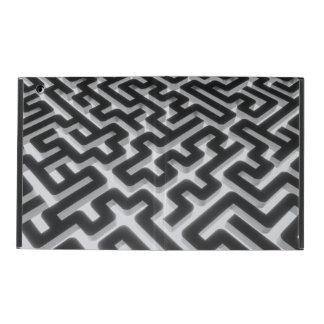 Maze Silver Black iPad Cover