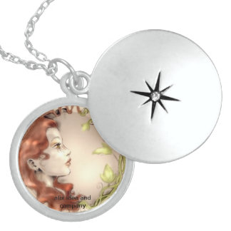 medallion of high-quality custom necklace