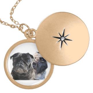 medallion style pug round locket necklace