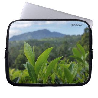 Medilludesign - Tea leaves Computer Sleeves