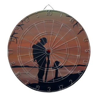 Memorial, Veternas Day, silhouette solider at grav Dartboard