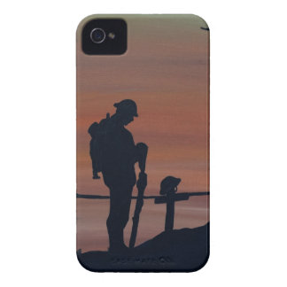 Memorial, Veternas Day, silhouette solider at grav iPhone 4 Covers