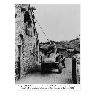 Men loading grain from truck, Newport Rhode Island Postcard
