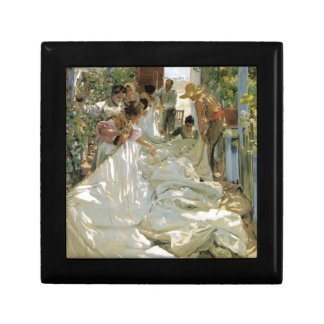 Mending the Sail -  Joaquín Sorolla y Bastida Small Square Gift Box