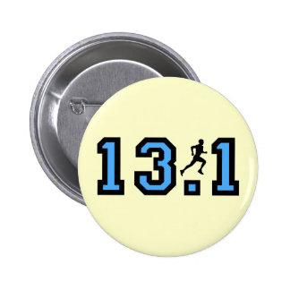 Mens half marathon 6 cm round badge