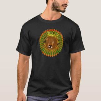 Men's Lion Fine Art– RokCloneDesigns T-Shirt