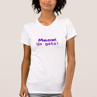 Meow! Un gato! Tee Shirts