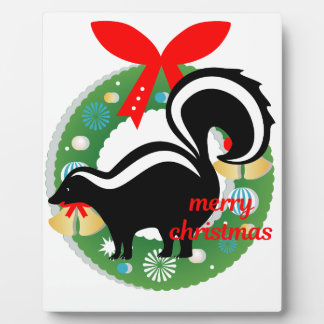 merry christmas skunk plaque