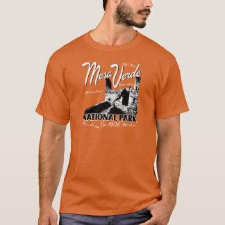 Mesa Verde National Park Colorado Retro design T-Shirt