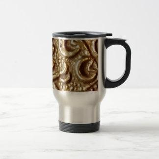 Metal detecting celtic gold coin design travel mug