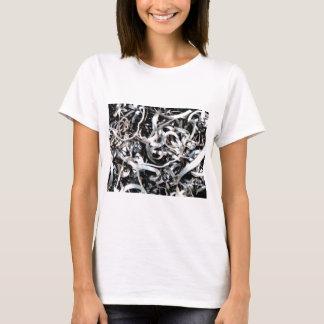 metal scrap tangle T-Shirt