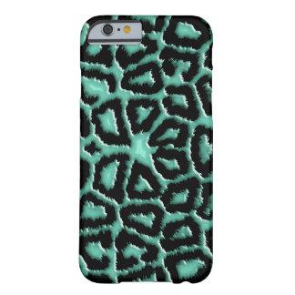 Metallic Mint Green Giraffe Barely There iPhone 6 Case