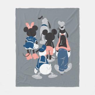 Mickey | Mickey Friend Turns Fleece Blanket