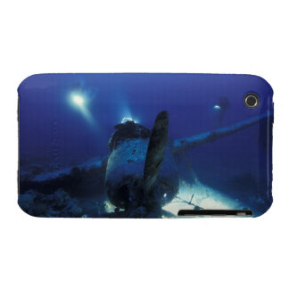 Micronesia, Palau, World Heritage Site. Divers iPhone 3 Case-Mate Case