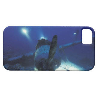 Micronesia, Palau, World Heritage Site. Divers iPhone 5 Case